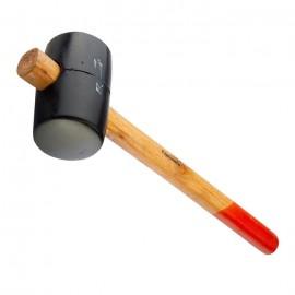 Гумен ЧУК от черна гума с дървена дръжка